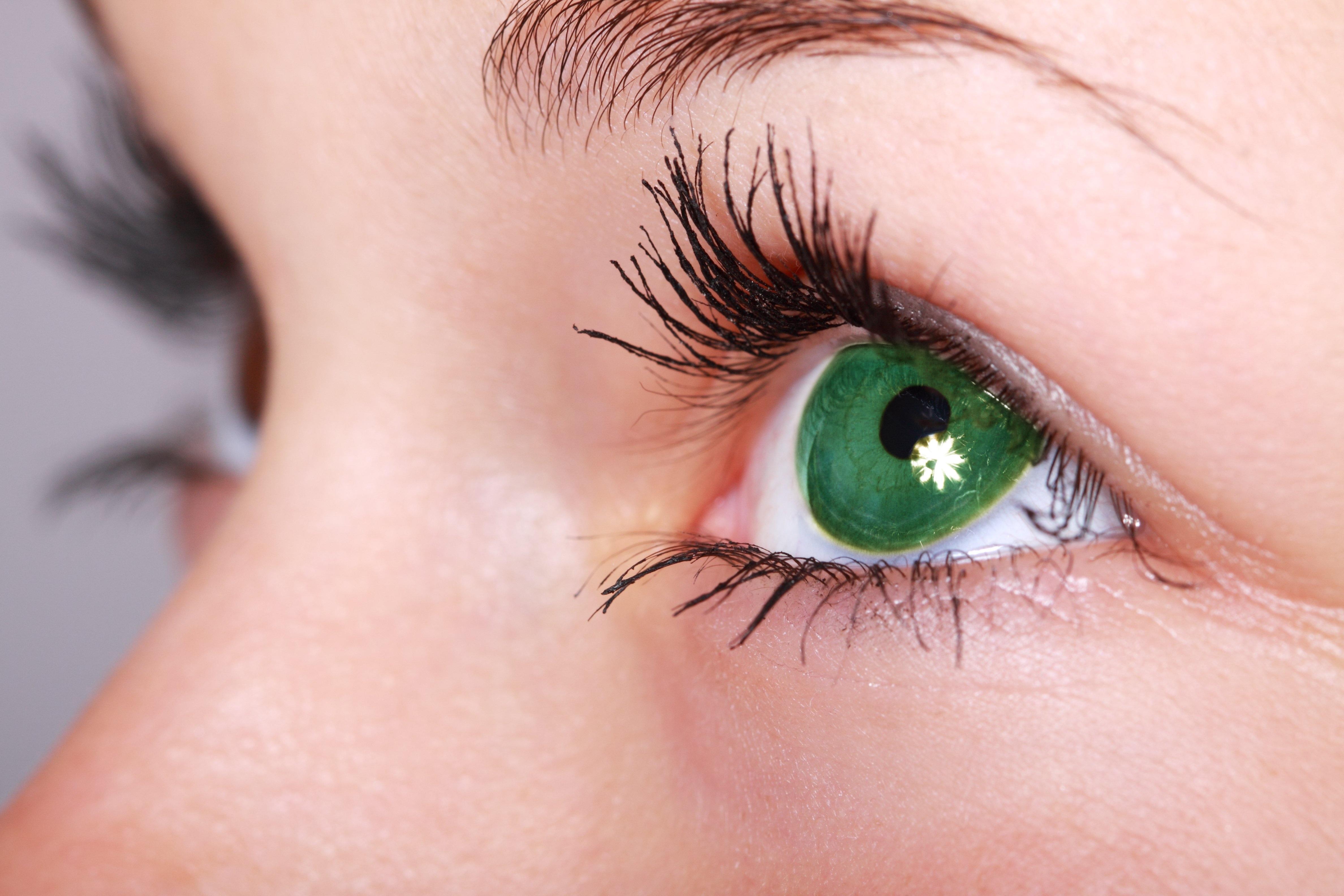 hogyan lehet elveszíteni a zsíros szemhéjakat