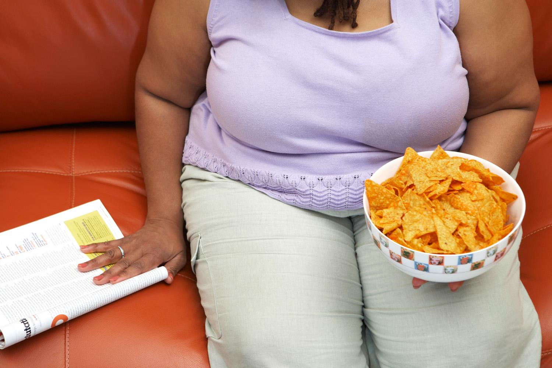 Így gyilkolja az egészséget a hasi elhízás